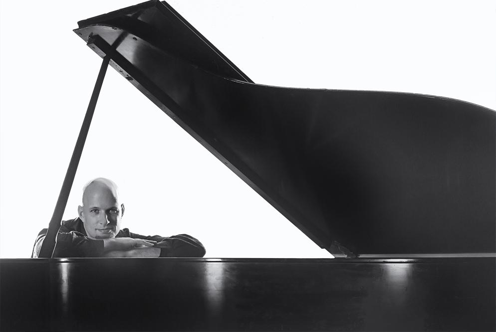 Pianist Jeremy Weinglass